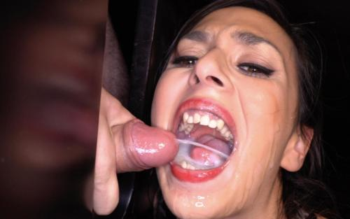 Ashely Ocean swallowing 29 gloryhole loads