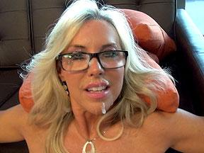 Wifeys World Deep Throats Gets Cum On Her Glasses