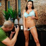 ARIELLA FERRERA – Ariella Ferrera fucking in the counter with her tits