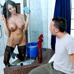 ARIELLA FERRERA – Laying The Cleaning Lady