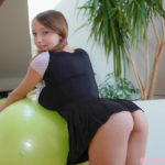 LUCY WILDE – Jumping Ball 3