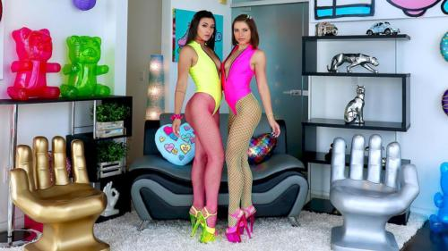 Adriana Chechik And Brooklyn Gray Are Partners In Slime
